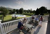 THE OUTDOOR SWIMMIMG POOL AT BALGAIR CASTLE CARAVAN PARK, FINTRY, STIRLING DISTRICT. THISTLE AWARD CARAVAN HOLIDAY HOME ACCOMMODATION. PIC: P.TOMKINS/VisitScotland/SCOTTISH VIEWPOINT Tel: +44 (0) 131... Public 2006,HOLIDAY,SUMMER,SUNNY,PLAY,ACTIVITY,CAMPSITE