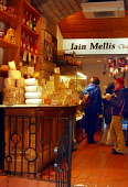 I.J. MELLIS CHEESEMONGER ON VICTORIA STREET, EDINBURGH.  PIC : CHRIS ROBSON/SCOTTISH VIEWPOINT  Tel: +44 (0) 131 622 7174  Fax: +44 (0) 131 622 7175  E-Mail: info@scottishviewpoint.com  WEB: www.scott... CHRIS ROBSON/SCOTTISH VIEWPOINT 2008,SPECIALITY,SPECIALISED,SHOPPING,SHOP,RETAIL,INTERIOR,FOOD,EATING,CHEESES,CHEESE