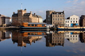 THE MALMAISON HOTEL - A BOUTIQUE HOTEL ON TOWER PLACE / THE SHORE, LEITH, EDINBURGH.  PIC : NEIL SINCLAIR/SCOTTISH VIEWPOINT  Tel: +44 (0) 131 622 7174  Fax: +44 (0) 131 622 7175  E-Mail: info@scottis... NEIL SINCLAIR/SCOTTISH VIEWPOINT 2008,WATER OF LEITH,SUNNY,REFLECTION,CALM,BUILDING,ARCHITECTURE,ACCOMMODATION