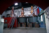 THE STILL ROOM SPRINGBANK DISTILLERY, CAMPBELTOWN, ARGYLL. PIC: GLYN SATTERLEY/SCOTTISH VIEWPOINT. Tel: +44 (0) 131 622 7174   Fax: +44 (0) 131 622 7175 E-Mail : info@scottishviewpoint.com This photog... BUSINESS,WHISKY,SCOTLAND,INTERIOR,INDUSTRY,DRINK