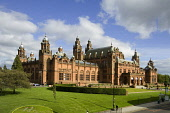 Kelvingrove Art Gallery and Museum, housing one of Europe's great civic art collections, Argyle Street, west of the city centre of Glasgow. Allan Wright / Scottish Viewpoin 2005,summer,sunny,evening,sunshine,afternoon,architecture,building,attraction,visitor,tourist,victorian,spire,spires,atmospheric,red,sandstone,spanish,baroque