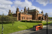 Kelvingrove Art Gallery and Museum, housing one of Europe's great civic art collections, Argyle Street, west of the city centre of Glasgow. Allan Wright / Scottish Viewpoin 2005,summer,sunny,evening,sunshine,afternoon,architecture,building,attraction,visitor,tourist,victorian,spire,spires,atmospheric,red,sandstone,spanish,baroque,bus,cityseeing,seeing,tour,double,decker