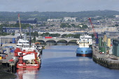 The River Dee as it flows through the harbour area at Aberdeen. Allan Wright / Scottish Viewpoin summer,sunny,sunshine,water,ship,ships,boat,boats,industry,industries,oil,dock,docks,flower,flowers,wild,city