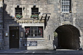 The Tolbooth Tavern pub on the Royal Mile, Edinburgh,  Lothian, Scotland Gary Doak/ Scottish Viewpoint Tolbooth,Tavern,public,house,Royal,Mile,history,heritage,architecture,building,canongate,capital,city,old,town,pub,pubs,edinburgh,summer,sunny,day,scotland,scottish,uk,u.k,great,britain