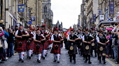 Pipefest 2015 - Massed Pipe Bands march down the Royal Mile in Edinburgh during the festival 2015, Scotland Andrew Wilson/ Scottish Viewpoin 2015,Ceremony,Fringe,Kilt,Massed Bands,Pipe Band,PipeFest,Pipers,bagpipes,drummers,drums,highland dress,music,pageant,pipes,royal mile,spectacle,kilts,tartan