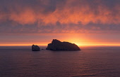 The archipelago of St Kilda, Outer Hebrides, Scotland Allan Wright/ Scottish Viewpoint uk,u.k,Great Britain,GB,G.B,Scotland,Scottish,nobody,outdoors,daytime,Summer,st kilda,Outer Hebrides,world heritage site,archipelago,coast,coastal,coastline,water,sea,island,islands,sunrise,dawn,atmos
