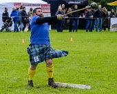 Peebles, Scotland UK  3rd September 2016. Peebles Highland Games, the biggest 'highland' games in the Scottish  Borders took place in Peebles on September 3rd 2016 featuring pipe band contests, highla... Andrew Wilson / Scottish Viewpoint uk,u.k,Great Britain,GB,G.B,Scotland,Scottish,group,daytime,outdoors,Highland Games,competitions,borders,hammer,tartan,kilt,kilts