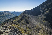 Looking along the Carn Mor Dearg arete to the upper slopes of Ben Nevis, Highlands of Scotland Alan Gordon/ Scottish Viewpoint uk,u.k,Great Britain,GB,G.B,Scotland,Scottish,people,daytime,outdoors,Ben Nevis,Carn Mor Dearg,Geopark,Highlands,Lochalsh,Mamores,Munro,National Scenic Area,SSSI,arete,atmospheric,autumn,bealach,bould