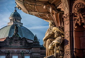 Peoples Palace and the Doulton Fountain, Glasgow, Scotland Allan Wright/ Scottish Viewpoint uk,u.k,Great Britain,GB,G.B,Scotland,Scottish,nobody,daytime,outdoors,glasgow,urban,life,city,cities,peoples palace