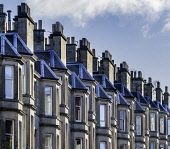 Detail of row of sandstone terraced apartments (tenements) on Comely Bank Avenue in Edinburgh, Scotland, United Kingdom Iain Masterton/ Scottish Viewpoint Edinburgh housing,Edinburgh,tenements,apartment block,apartments,Comely Bank,residential,homes,house,houses,traditional,architecture,flats,apartment blocks,terraced houses,terraces,row,district,urban,