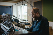 Pete Fletcher, Black Bay Studios, Island of Great Bernera, Outer HebridesPicture Credit Paul McGinley/HIE 2017,black,bay,studios,music,studio,piano,play,playing