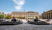 View of the City Square in Dundee, Scotland, UK Iain Masterton /Scottish Viewpoint Dundee,Dundee City Square,city square Dundee,Scotland,Scottish,cities,public square,daytime,outdoor,view,city square,Tayside,UK,United kIngdom,people,sunny,summer,travel,tourism