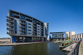 The Union Canal at Fountainbridge in Edinburgh on a sunny summers day, Scotland Jason Baxter /Scottish Viewpoint uk,u.k,Great Britain,GB,G.B,Scotland,Scottish,people,daytime,outdoors,barge,canal,capital,city,cityscape,edinburgh,fountainbridge,modern,urban,water,barges