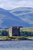 Castle Stalker, Loch Laich, near Oban, Highland Region, Scotland UK Dennis Barnes /Scottish Viewpoint uk,u.k,Great Britain,GB,G.B,Scotland,Scottish,nobody,daytime,outdoors,highlands,Castle,Stalker,Loch,Laich,near,Oban,Highland,Region,landscape,mountains