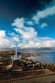 The Firth of Clyde and Gourock from the Free French Memorial Cross, Lyle Hill above Greenock, Inverclyde Keith Fergus/Scottish Viewpoint u.k,Great Britain,GB,G.B,Scotland,Scottish,nobody,outdoors,Inverclyde,Lyle Hill,Free French Memorial Cross,Greenock,Gourock,River Clyde,River,Firth of Clyde,Southern Highlands,Memorial,Royal Navy,View
