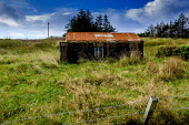 A ruined bothy in Lower Bayble, Point, near Stornoway on the island of Lewis, Outer Hebrides, Scotland Andrew Wilson  /Scottish Viewpoint Isle of Lewis,Lower Bayble,Old,Outer Hebrides,Scotland,Stornoway,bothy,broken,cottage,history,home,house,past,ruin,scottish