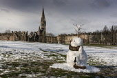 Snowman in the Meadows, Edinburgh Allan Wright  /Scottish Viewpoint united kingdom,edinburgh,scotland,lothians,capital city of scotland,auld reekie,marchmont,the meadows,freezing,cold,snow,winter,bright,church,chapel,snowman,comical,cheerful,enchanting,quirky,places