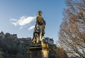 Allan Ramsay statue, Princes St, Edinburgh Allan Wright  /Scottish Viewpoint united kingdom,edinburgh,scotland,lothians,capital city of scotland,auld reekie,allan ramsay,monument,carving,figure,statue,architecture,castle,historic scotland,edinburgh castle,princes st gardens,pr