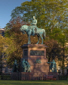Prince Albert Statue, Charlotte Square, Edinburgh Allan Wright  /Scottish Viewpoint united kingdom,edinburgh,scotland,lothians,capital city of scotland,auld reekie,charlotte square,sunrise,monument,carving,figure,statue,prince albert,new town