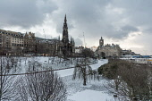 Princes street Gardens in snow Allan Wright  /Scottish Viewpoint united kingdom,edinburgh,scotland,lothians,capital city of scotland,auld reekie,freezing,cold,snow,winter,princes st gardens,scott monument,balmoral hotel,princes street,atmospheric